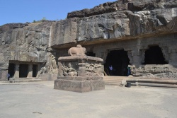 Cave 21 at Ellora.jpg